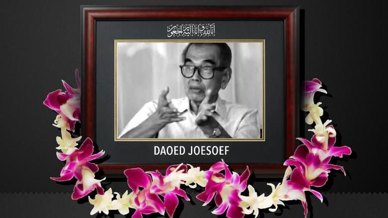 Daoed Joesoef, Memuliakan Islam Malah Dituding Anti-Islam