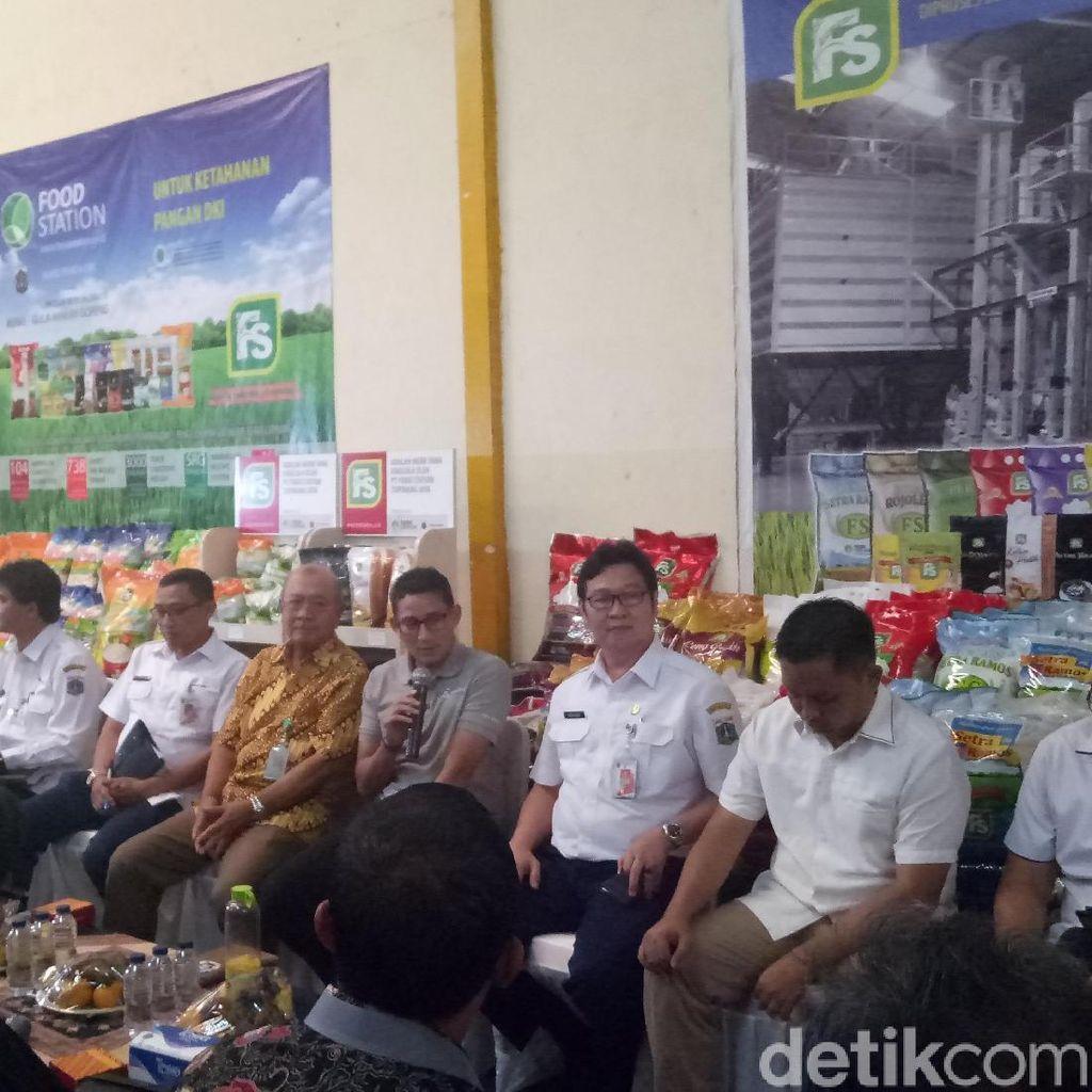 Harga Beras Naik, Sandiaga Rapat Open Kimono di Pasar Cipinang