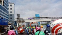 Pancoran ke Kuningan Macet Panjang, Dishub DKI: Ada Penyempitan
