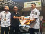 Polda Metro Sita 35 Mobil Kredit Bermasalah karena Pelatnya Bodong