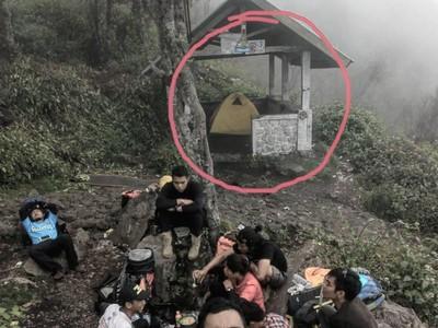 Lagi Heboh Mendirikan Tenda di Pos Pendakian, Boleh Nggak?