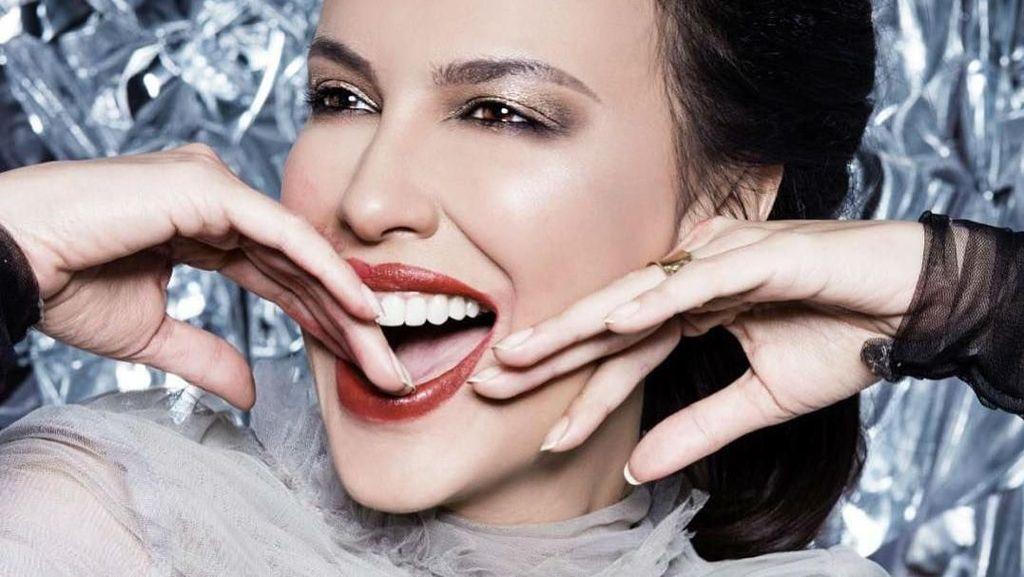 Foto: Cantiknya Sophia Latjuba yang Mirip Gal Gadot Dalam Pemotretan Terbaru