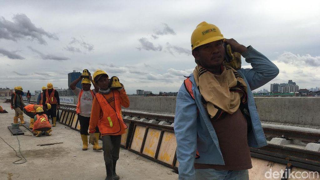 Diuji Coba Mei, Begini Progres Terkini Proyek LRT Jakarta