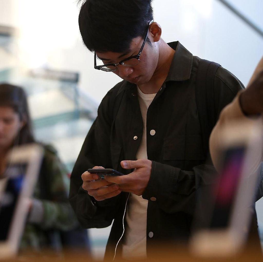 Perilaku Pengguna Internet Indonesia: Hobi Chatting