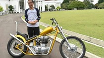 Ngoweeeng! Jokowi Biasa Ngebut di Istana dengan Chopper Tiap Pagi
