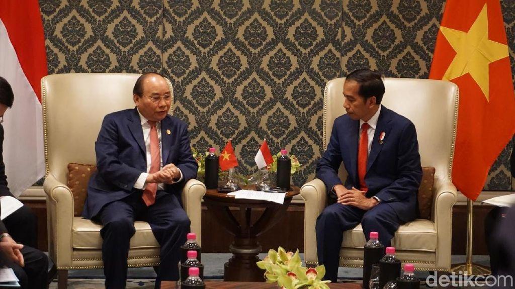 Jokowi Temui PM Vietnam Bahas Kendala Ekspor