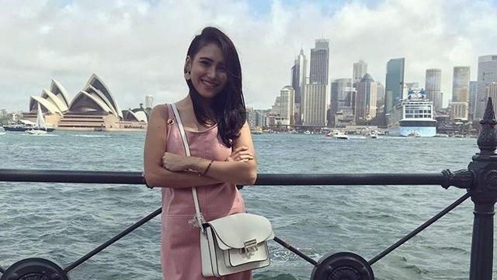 Sandy Tumiwa Gerebek Rumah Tessa Kaunang, Ayu Ting Ting Dibully Netizen Lagi