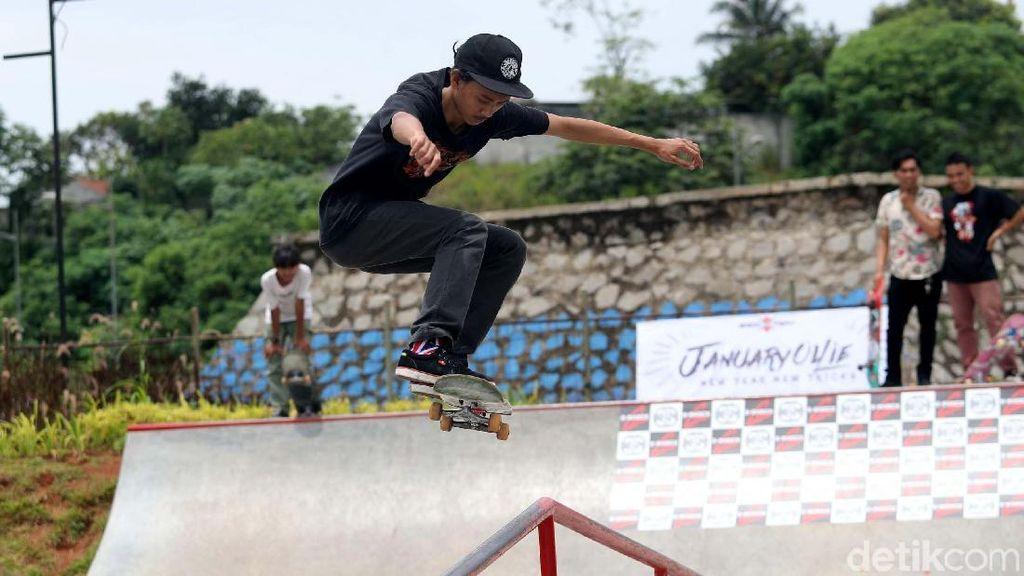 Melihat Aksi Ciamik Para Skateboarder