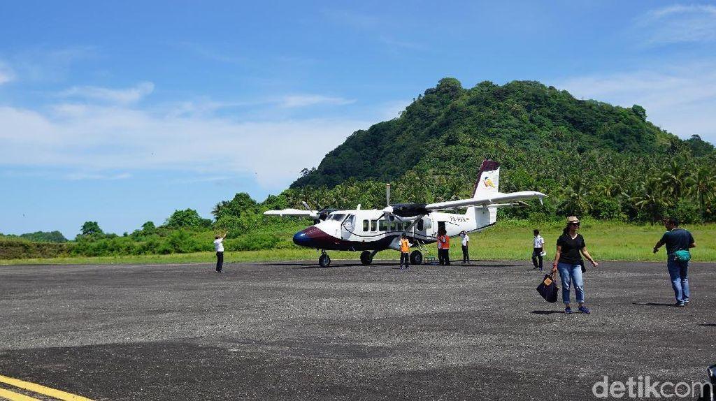 Foto: Bandara di Banda Neira yang Sederhana