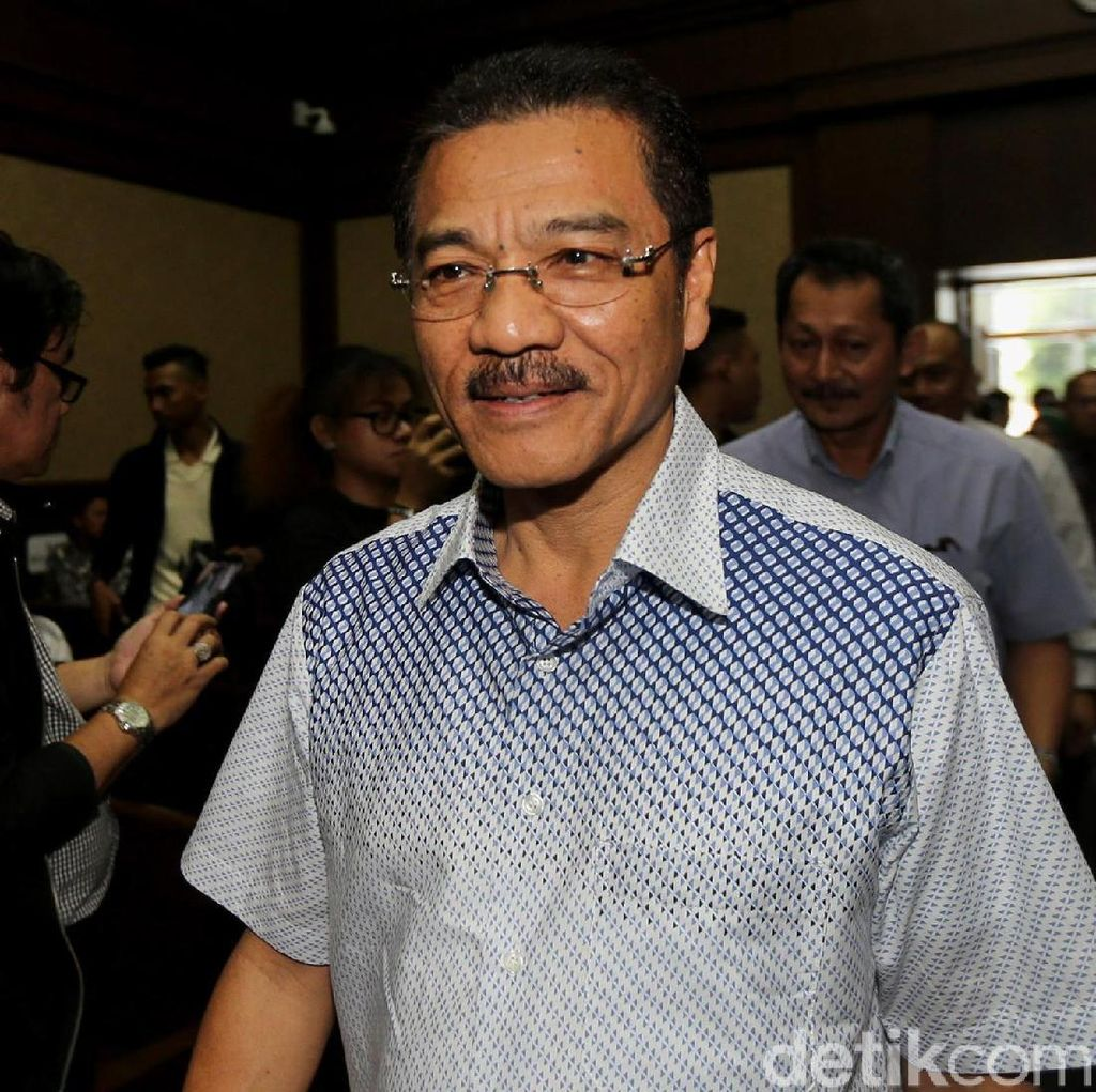 Sambangi KPK, Gamawan Fauzi: Diperiksa untuk Novanto