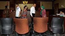 Eks Mendagri Gamawan Fauzi Bersaksi di Sidang Novanto