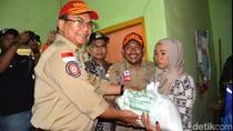 Kemensos Serahkan Bantuan Rp 1,6 M Pada Korban Gempa di Sukabumi