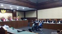 Di Sidang Nur Alam, Jaksa Cecar Saksi: Umur Nggak Ada yang Tahu