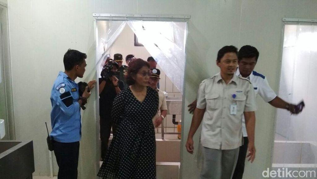 Pulang dari Natuna Susi Mau Bertemu Jokowi, Bahas Apa?