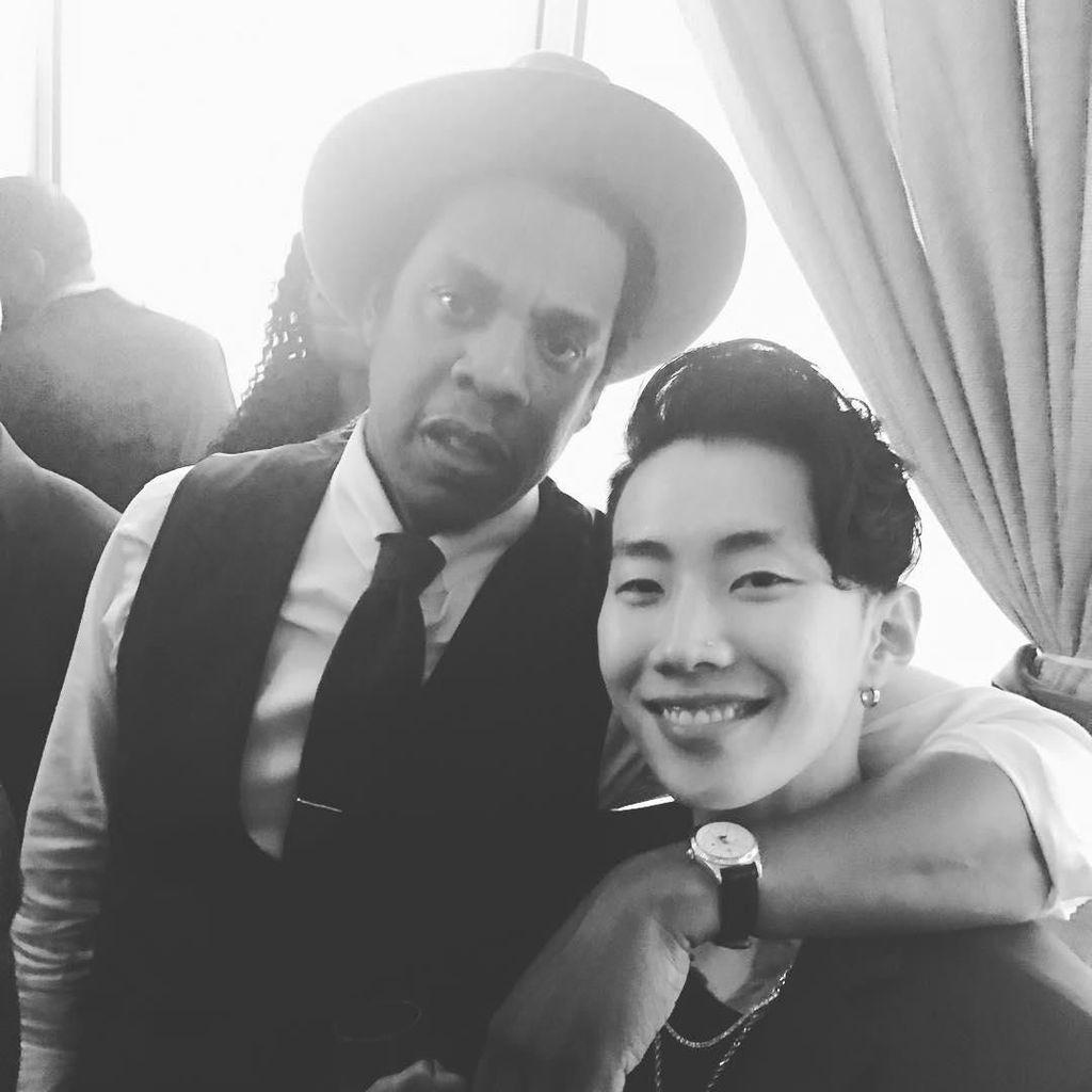 Gaya Jay Park Foto Bareng Jay Z hingga Beyonce di Ajang Pre-Grammy