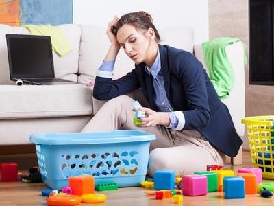 Curhat Ibu yang Merasa Sendiri karena Suami Sibuk Kerja