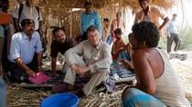 Ketika Bill Gates Tinggalkan Kemewahan di Kampung Kumuh India