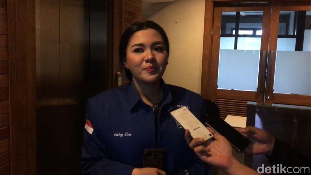 Terjun ke Politik, Vicky Shu Ingin Majukan Cilacap di Bidang Pendidikan