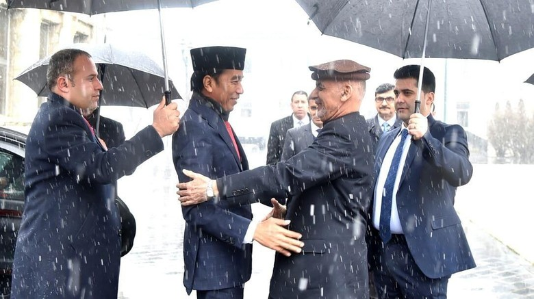 Cerita Jokowi Sempat Deg-degan Saat Berada di Afghanistan