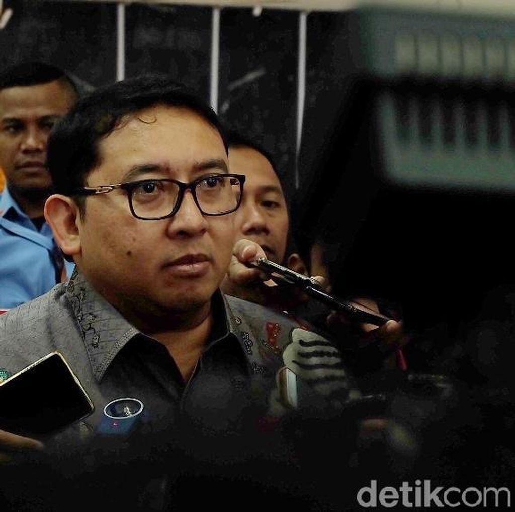 Fadli Zon Heran Anies Tak Diajak ke Podium Piala Presiden