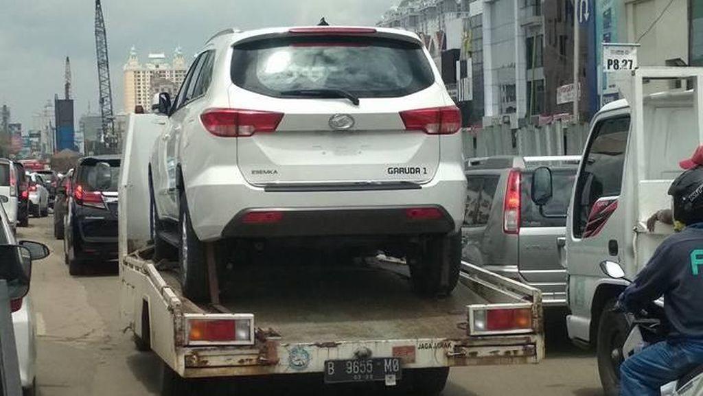 Mobil SUV Esemka Tertangkap Kamera, Namanya Garuda 1?