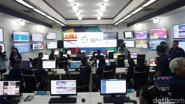 Ruang kendali dan monitor Asian Games 2018.