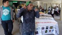 Harus Uji Kir, Driver Online Sulsel Demo Tolak Permenhub 108