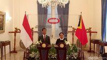 Bertemu Menlu Timor Leste, Retno Bahas Proyek Jembatan Motaain