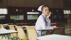 Parasnya yang cantik membuat perawat bernama lengkap May Pimchanok Chumpuchai membuat heboh jagat maya. Penasaran bagaimana parasnya? Yuk lihat foto-fotonya.