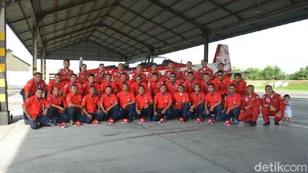 The Jupiters Aerobatic Team (JAT) bakal unjuk gigi memamerkan manuver-manuver akrobatik di langit Singapura.