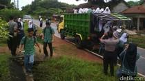 BBM Langka, Pelajar Karimunjawa Diantar Mobil Dinas Forkompincam