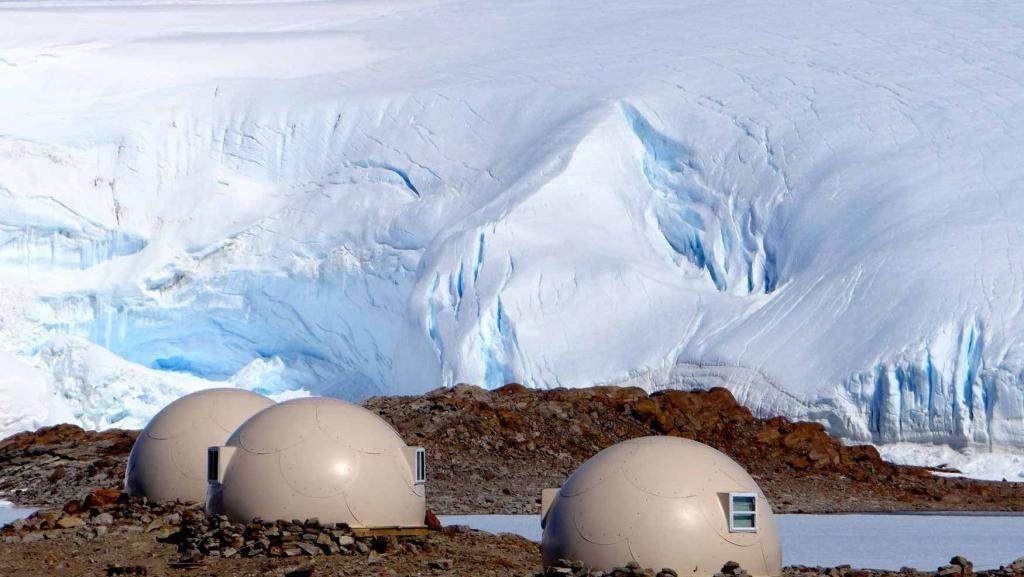 Foto: Kemping Mewah di Kutub Selatan, Mau?