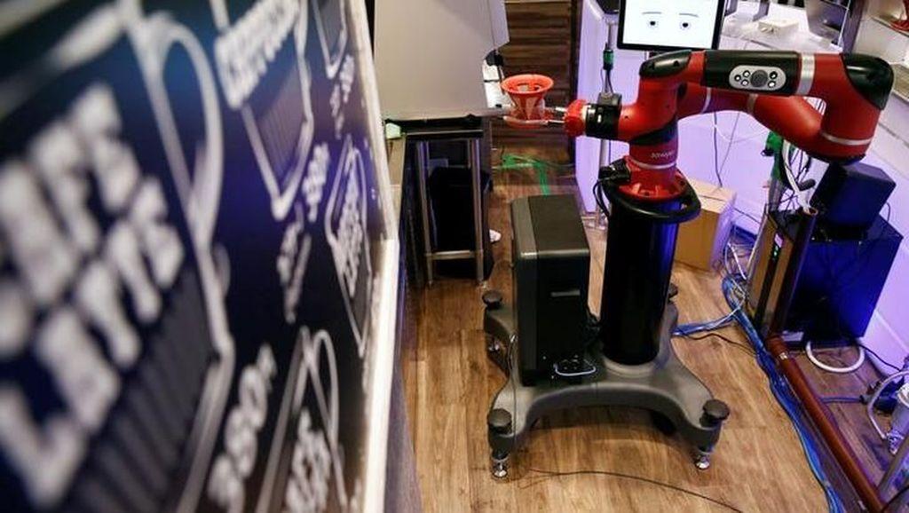 Besok Pagi Robot Barista Akan Mulai Menyeduh Kopi di Tokyo