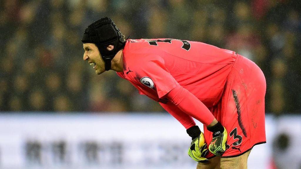 Petr Cech: Masih Oke, tapi Mulai Banyak Bikin Error