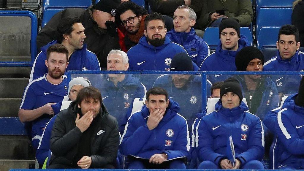 Giroud Merasa Sangat Diinginkan Conte