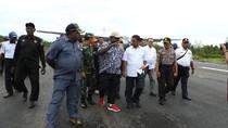 Penuh Tantangan, Ini Perjalanan Mensos Idrus Tinjau KLB di Papua