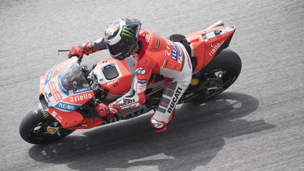 Jorge Lorenzo Belum Nyetel dengan Ducati-nya