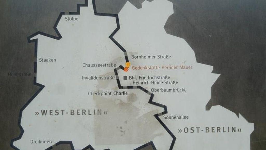Napak Tilas Reruntuhan Tembok Berlin