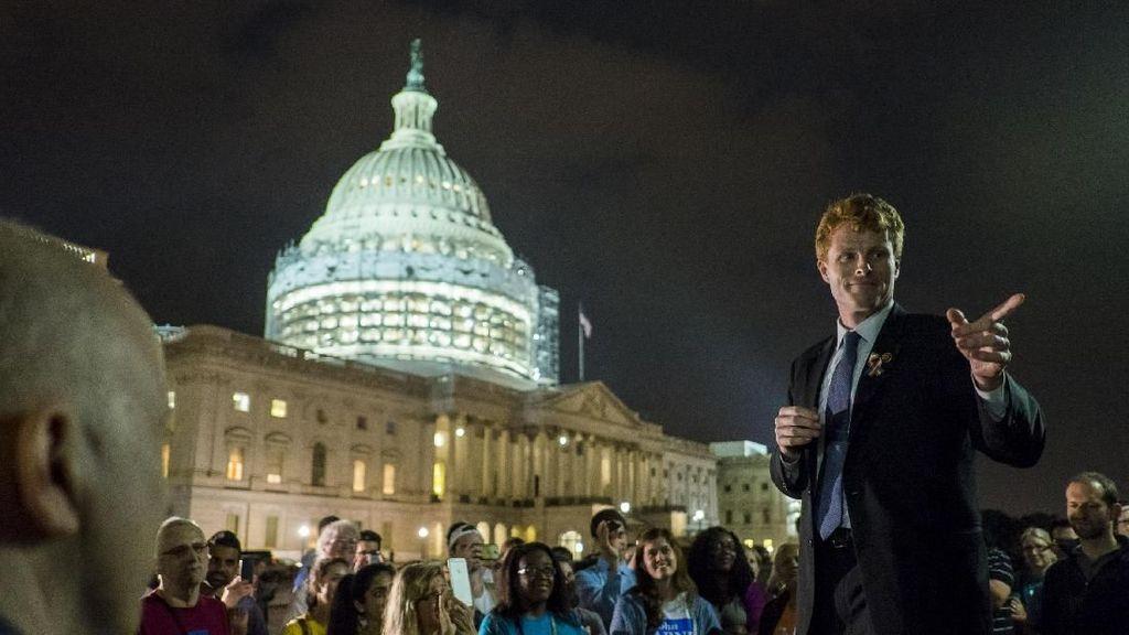 Mengenal Joe Rising Star Dinasti Politik Kennedy