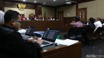 Hakim ke Saksi di Sidang Novanto: Anda Simpan Rp 1,8 M di Lemari?