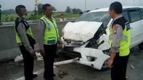 MPV Kecelakaan di Tol yang Belum Diresmikan, Satu Orang Tewas