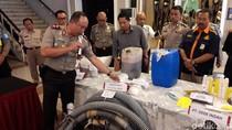 Polisi Tutup Empat Perusahaan Pembuang Limbah ke Sungai Citarum