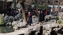 Foto: Saat PM Inggris Nikmati Taman Yu Yuan di Shanghai