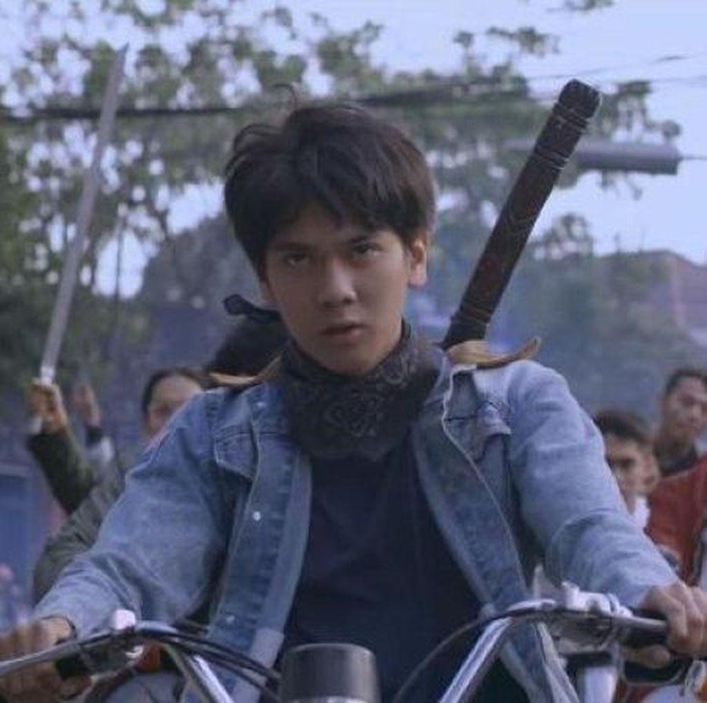Mampir di Okinawa International Festival, Dilan 1990 Siap Bikin Baper Penonton Jepang