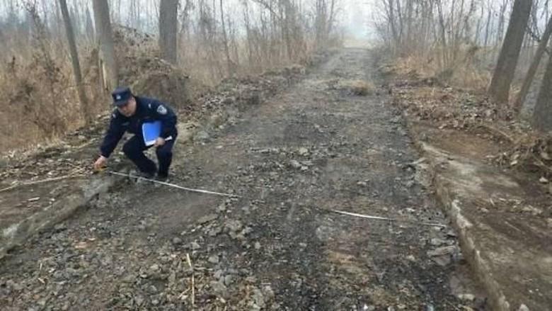 Nekat! Pria di China Curi Beton Jalanan Sepanjang 800 Meter