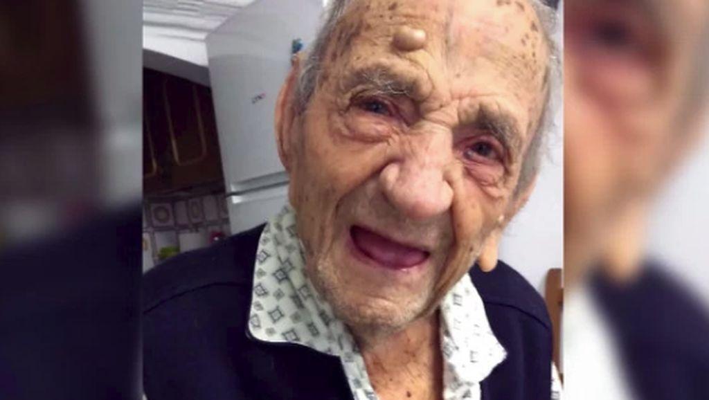 Pemegang Rekor Pria Tertua di Dunia Tutup Usia pada 113 Tahun