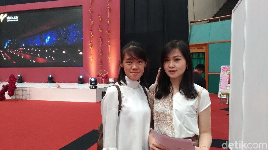 Jauh-jauh dari Tangerang, Wanita Cantik Ini Cari Perlengkapan Nikah di JCC