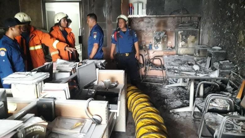 Kebakaran di Kompleks Parlemen, Polisi: Ruang Pimpinan DPR Aman