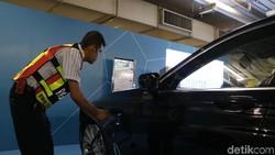 Orang Indonesia Mau Beli Mobil Listrik karena Ngikutin Tren