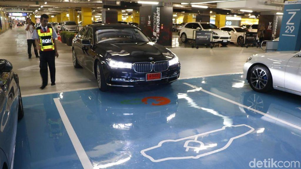 RI Ketinggalan Lagi, Thailand Terapkan Pajak Karbon untuk Mobil